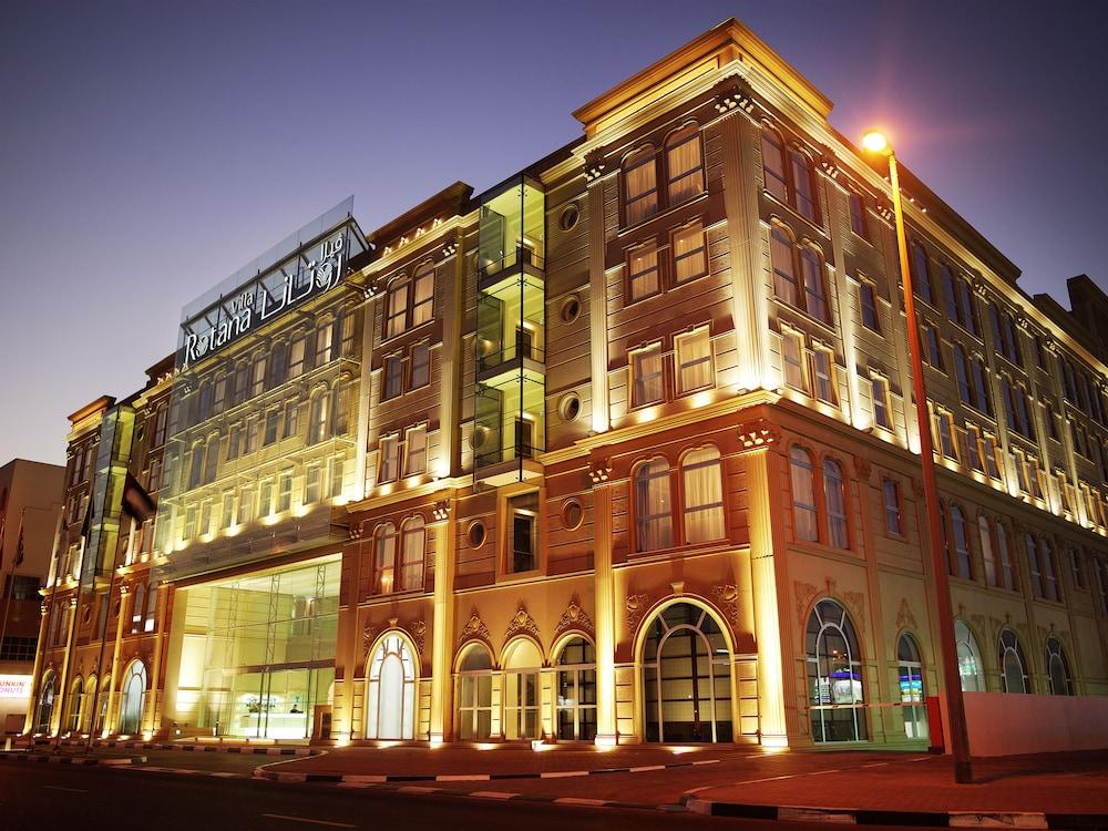 Villa rotana in dubai hotel rates reviews on orbitz for Best hotel rates in dubai