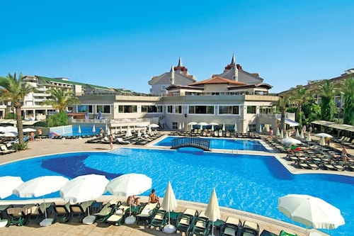 Aydinbey Famous Resort - All Inclusive in Antalya | Hotel
