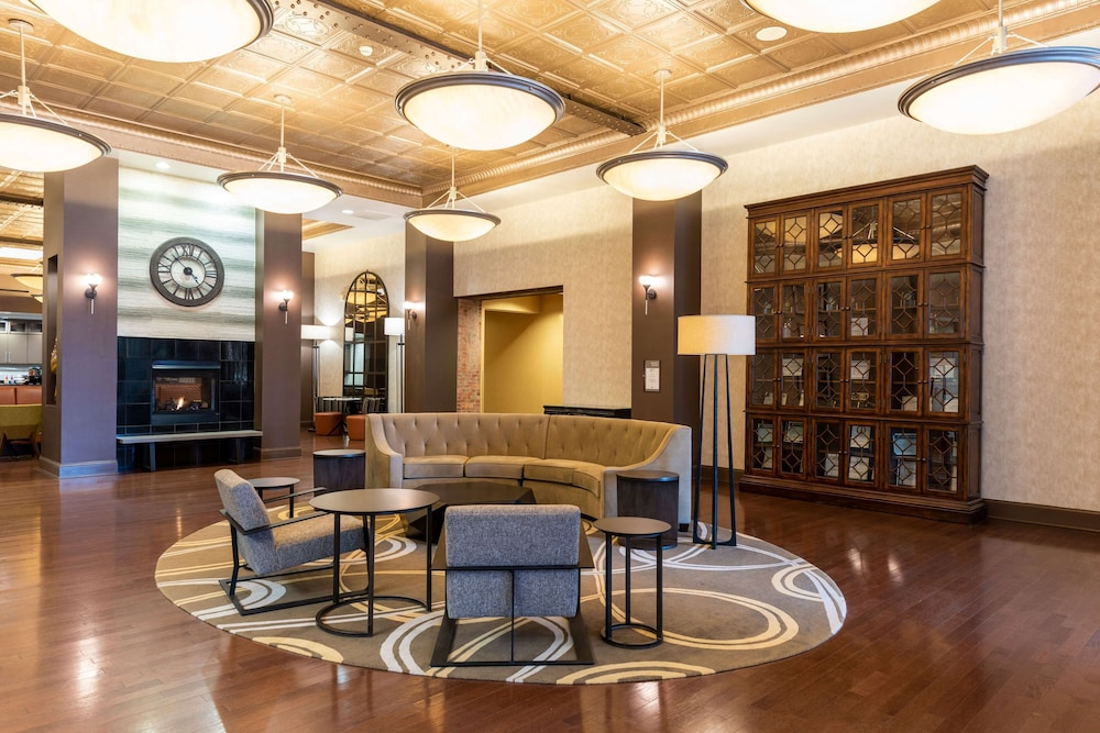 Lobby, Homewood Suites by Hilton Indianapolis-Downtown