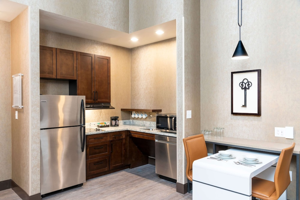 Private Kitchen, Homewood Suites by Hilton Indianapolis-Downtown