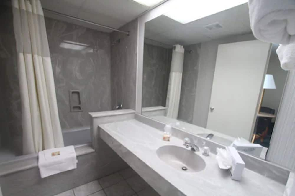 Bathroom, Boardwalk Beach Resort