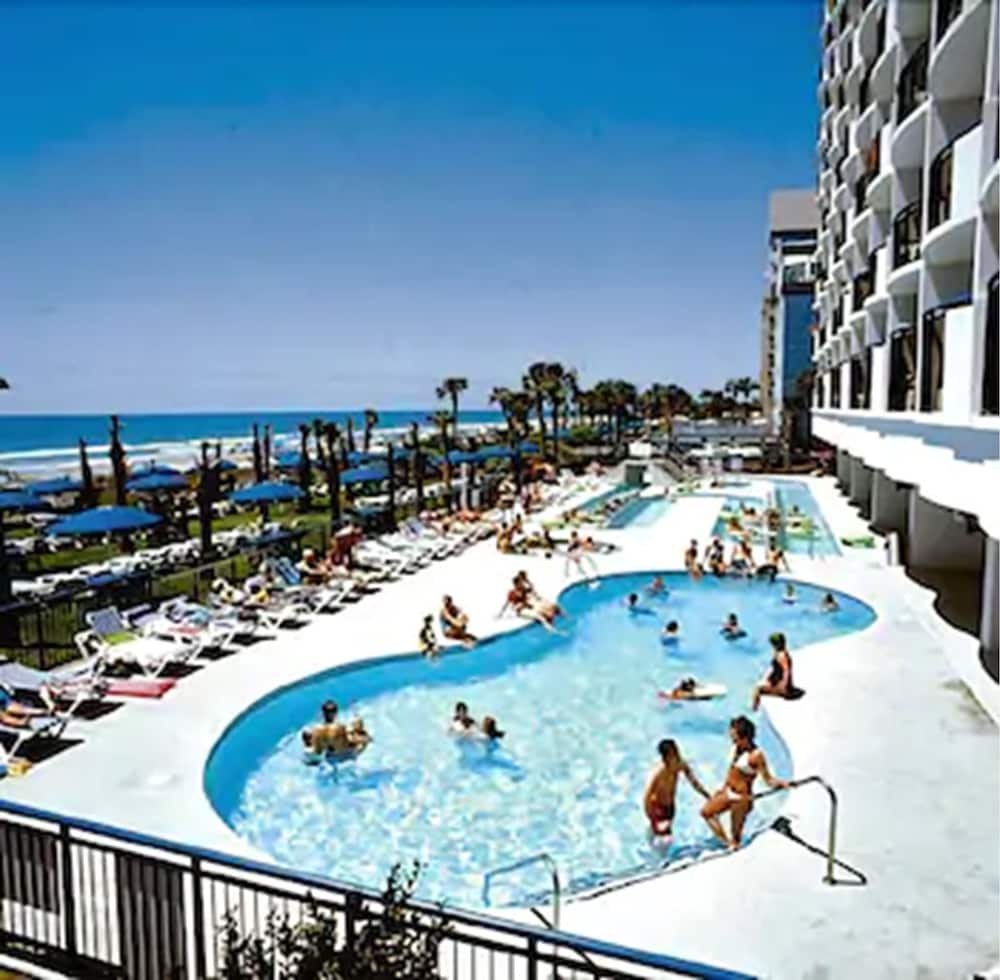 Outdoor Pool, Boardwalk Beach Resort