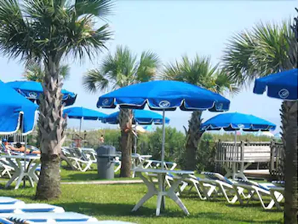 Sundeck, Boardwalk Beach Resort