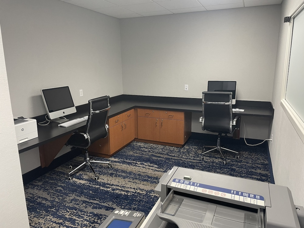 Business Center, Wingate by Wyndham Panama City Area Lynn Haven