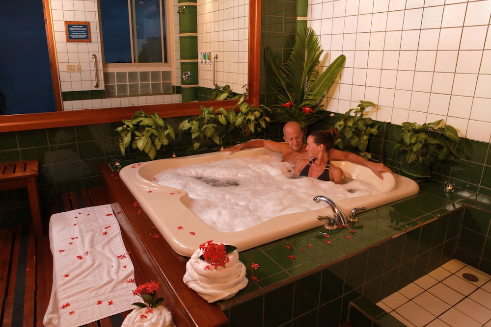 Indoor Spa Tub, Si Como No Resort, Spa and Wildlife Refuge