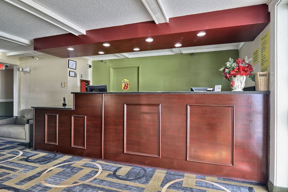 Reception, Super 8 by Wyndham Bangor
