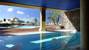 6 udendørs pools