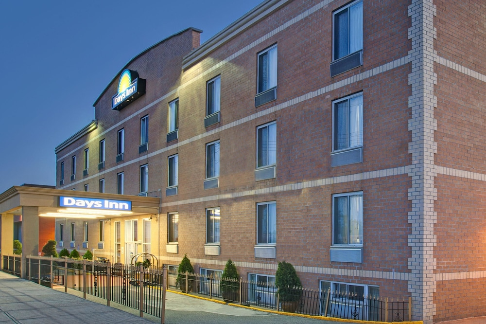 Featured Image, Days Inn by Wyndham Jamaica / JFK Airport