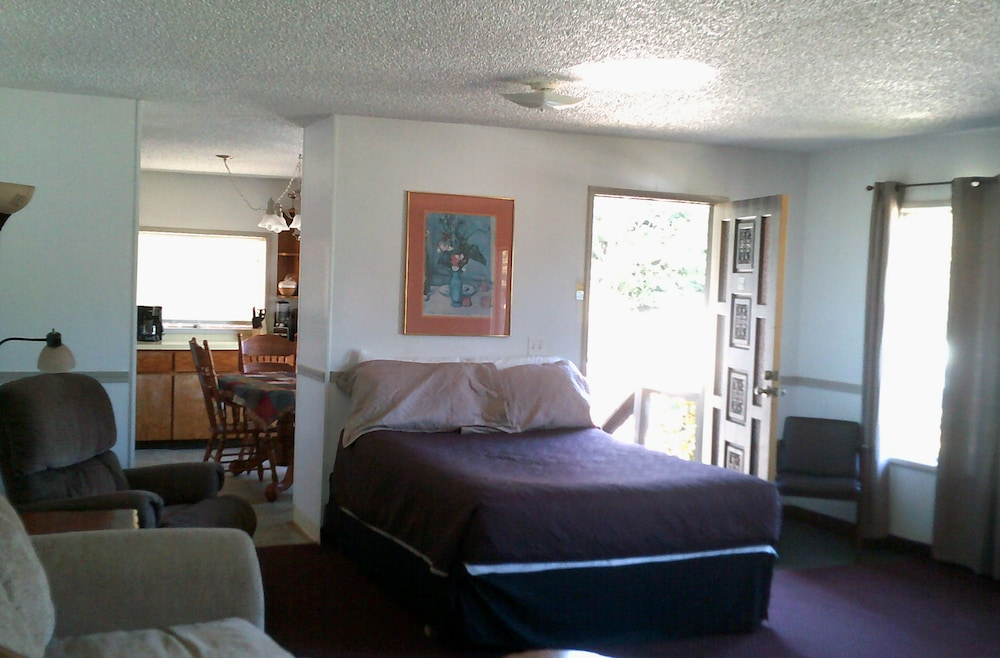 Room, Plainview Motel & RV Park