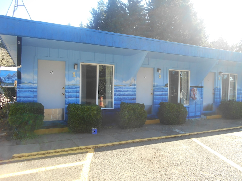 Front of Property, Plainview Motel & RV Park