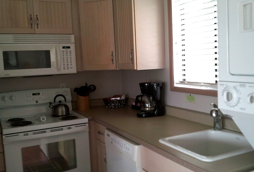 Private Kitchen, Plainview Motel & RV Park