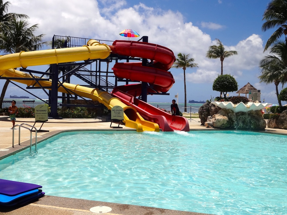Waterslide, Kanoa Resort Saipan