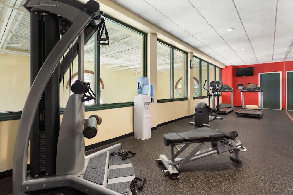 Fitness Facility, Country Inn & Suites by Radisson, St. Charles, MO
