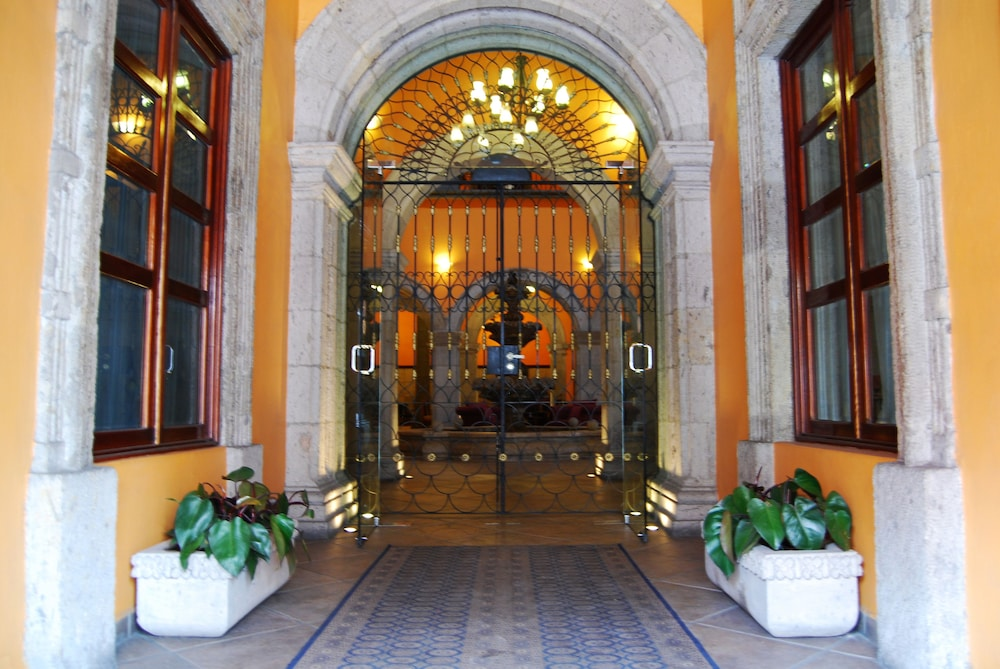 Property Entrance, Hotel Morales Historical & Colonial Downtown Core
