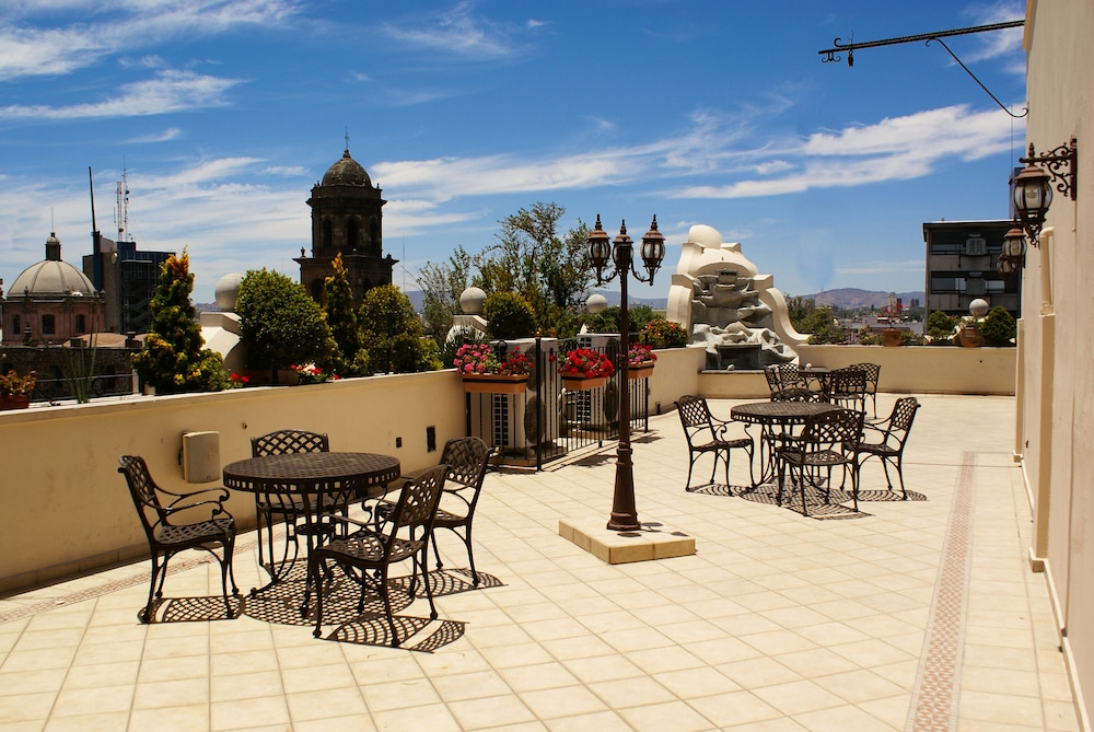 Terrace/Patio, Hotel Morales Historical & Colonial Downtown Core