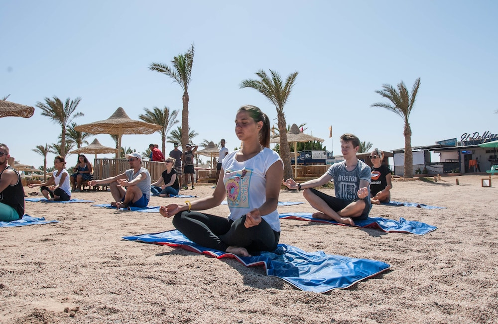 Yoga, Desert Rose Resort