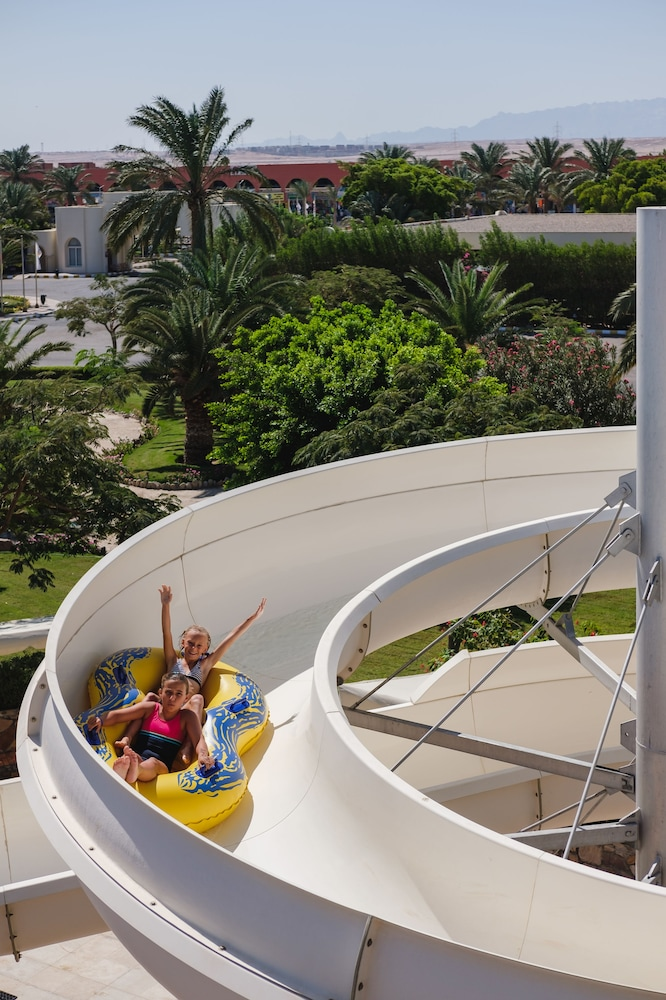 Waterslide, Desert Rose Resort