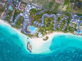 LUX* Belle Mare Resort & Villas