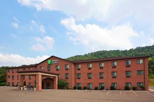 Holiday Inn Exp Chester WV, an IHG Hotel