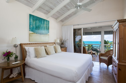 Ocean Club West in Providenciales | Cheap Hotel Deals