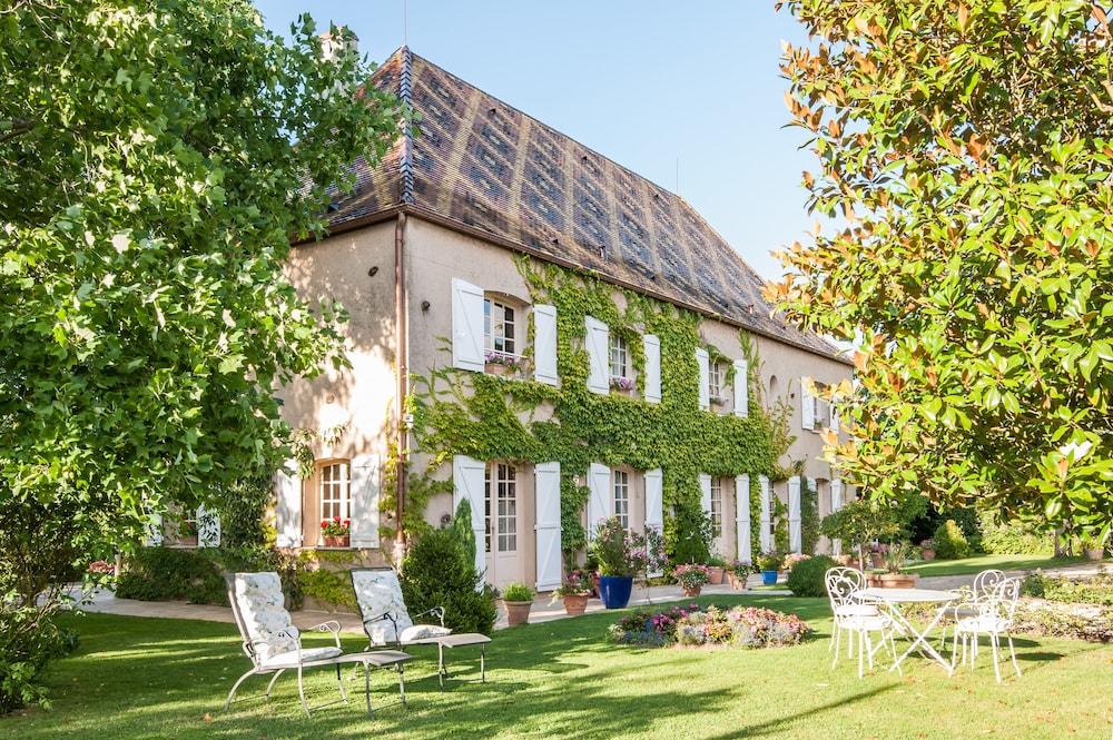 Le Petit Manoir Des Bruyeres Chateaux Et Hotels Collection: 2018 ...