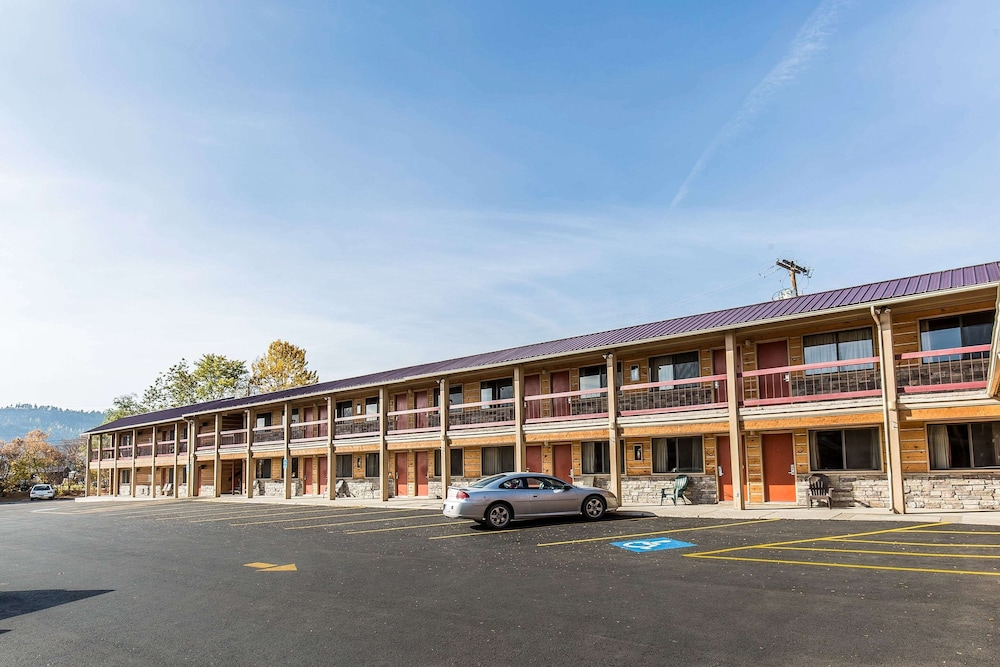Featured Image, Econo Lodge Inn & Suites