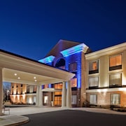 Holiday Inn Express Suites Clifton Park