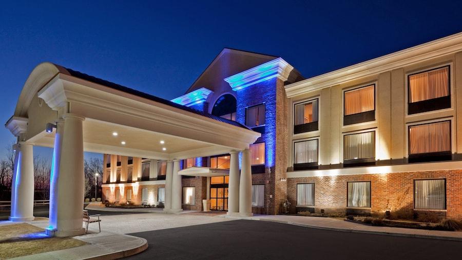 Holiday Inn Express Suites Clifton Park, an IHG Hotel