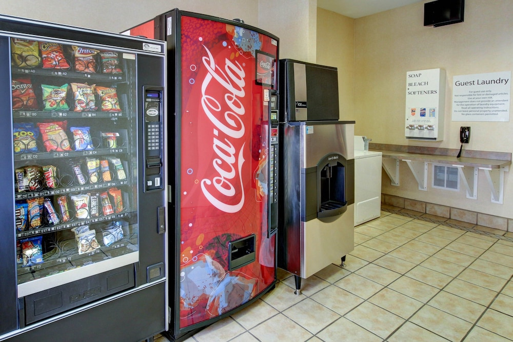 Vending Machine, Holiday Inn Express Hotel & Suites San Angelo