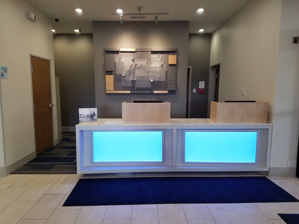Lobby, Holiday Inn Express Hotel & Suites San Angelo