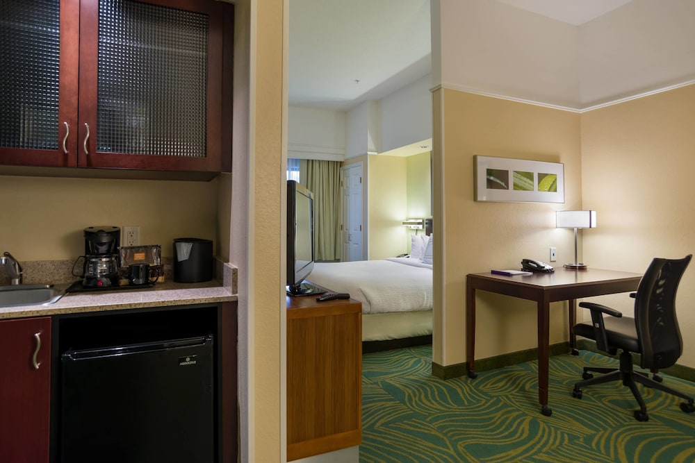Room, SpringHill Suites by Marriott St. Petersburg Clearwater