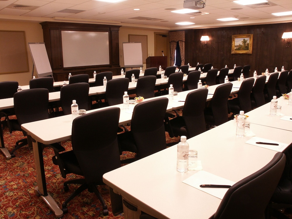 Meeting Facility, Normandy Farm Hotel and Conference Center