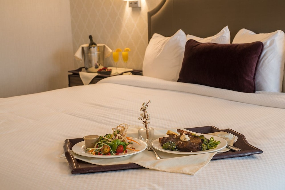 Room Service - Dining, Normandy Farm Hotel and Conference Center