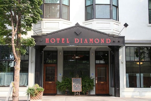 Great Place to stay Hotel Diamond Chico near Chico