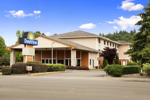 Days Inn by Wyndham Kent 84th Ave
