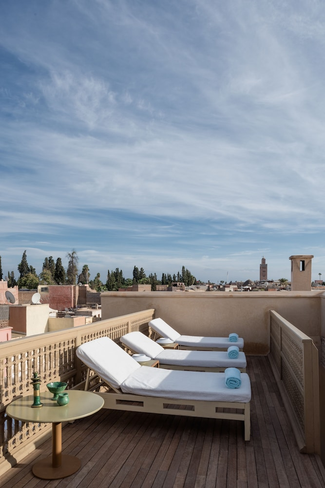 Property Amenity, 72 Riad Living