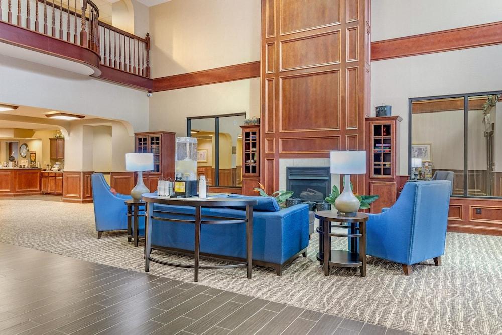 comfort suites findlay i 75 2019 room prices 71 deals reviews rh expedia com
