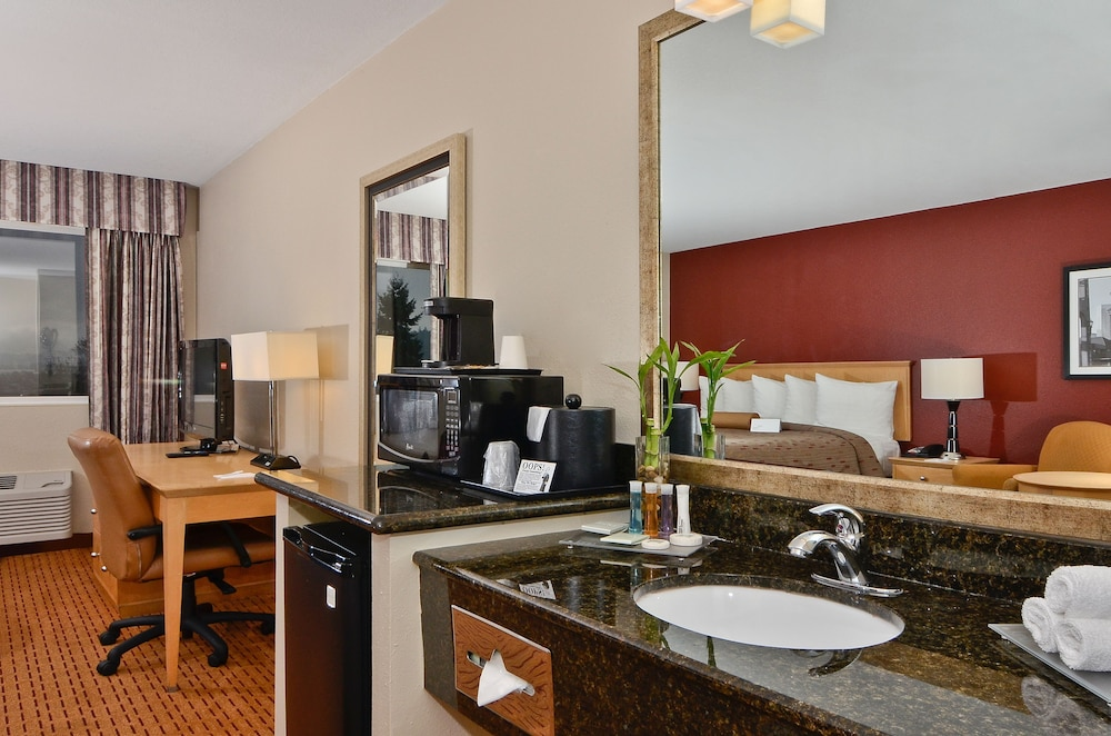 Room Amenity, Clackamas Inn & Suites