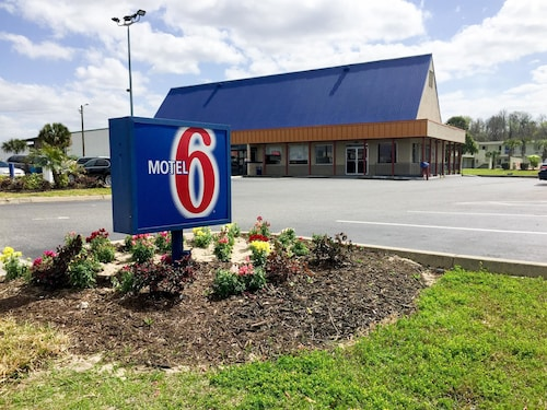 Check Expedia for Availability of Motel 6 Wildwood, FL