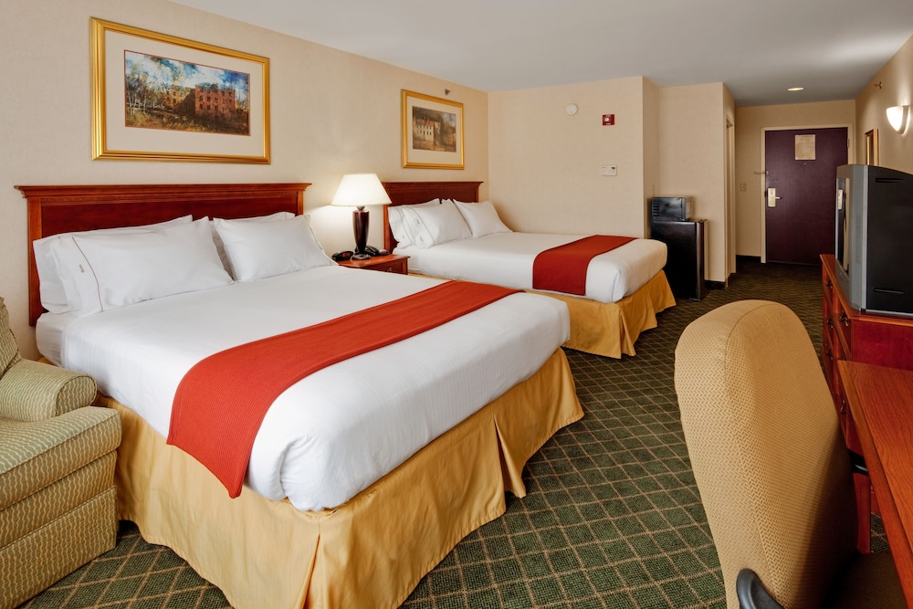 Holiday Inn Express Hotel & Suites Gibson: 2019 Room Prices