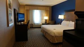 2 bedrooms, hypo-allergenic bedding, in-room safe, desk