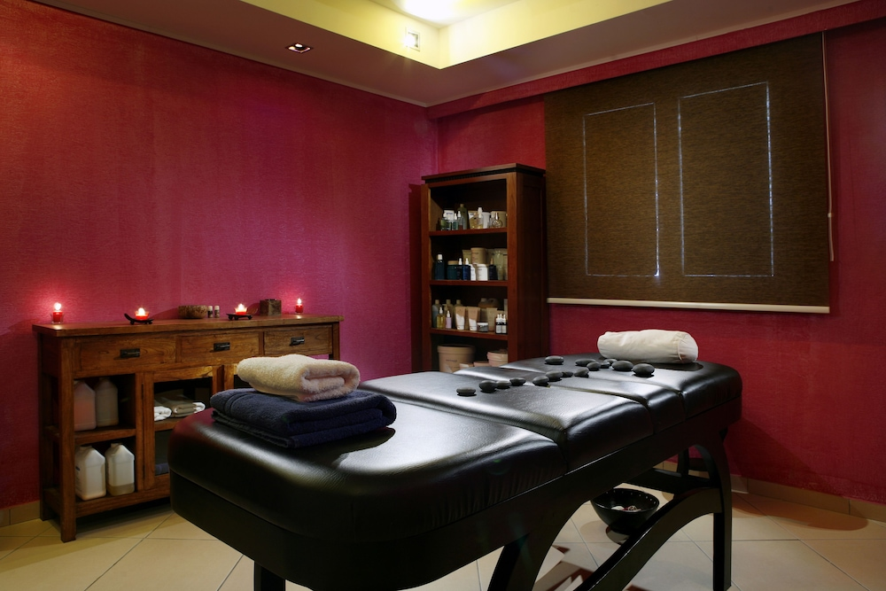 Treatment Room, Olympia Golden Beach & Spa