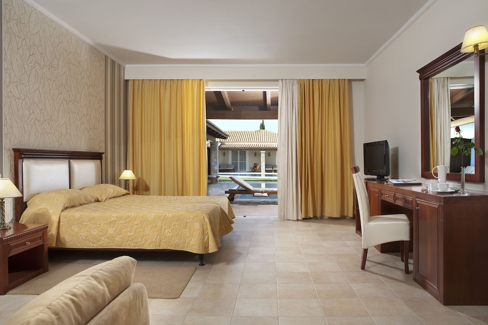 Room, Olympia Golden Beach & Spa