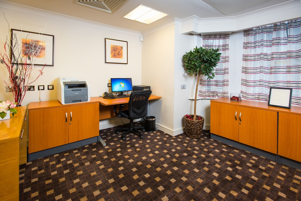 Business Center, The Park City Grand Plaza Kensington