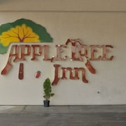 Apple Tree Inn and Suites