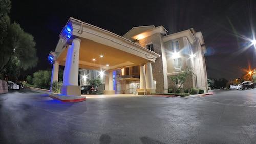 Visit Usaa Corporate Office Headquarters In San Antonio