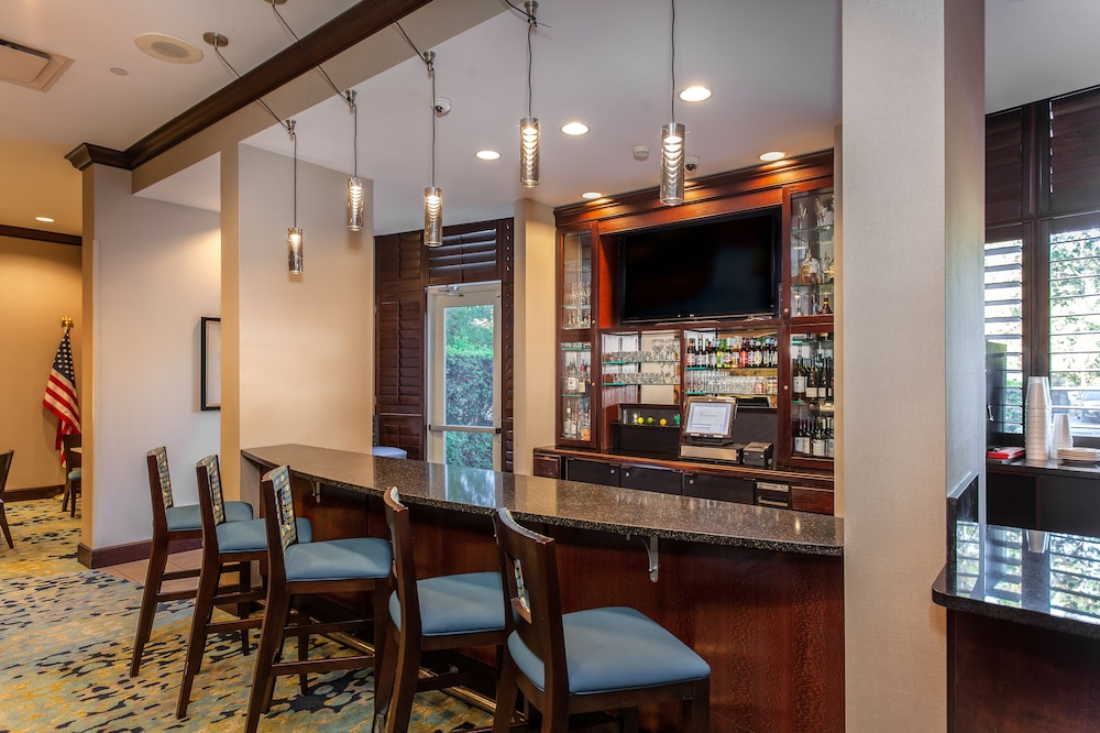 Bar, Holiday Inn Hotel & Suites Tallahassee Conference Ctr N, an IHG Hotel