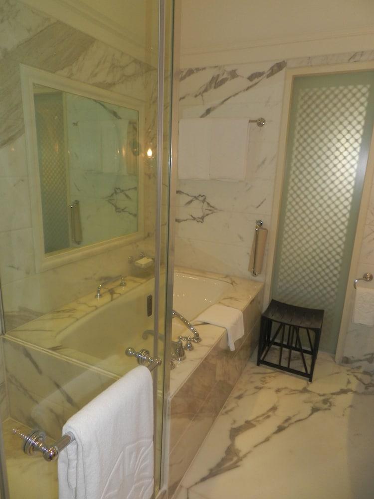 Mumbai Hotels The Taj Mahal Palace Mumbai h Hotel Information
