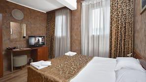 Een minibar, een bureau, gratis wifi