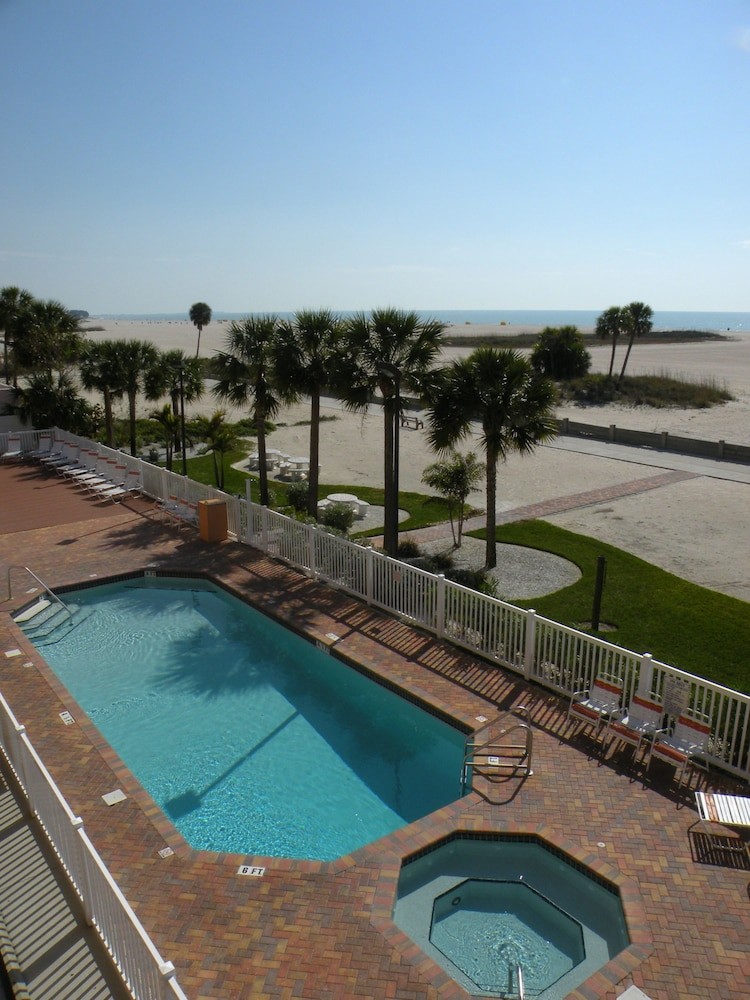 Surf Beach Resort By Sunsational Als Llc In Treasure Island Hotel Deals Rates Reviews On Tickets